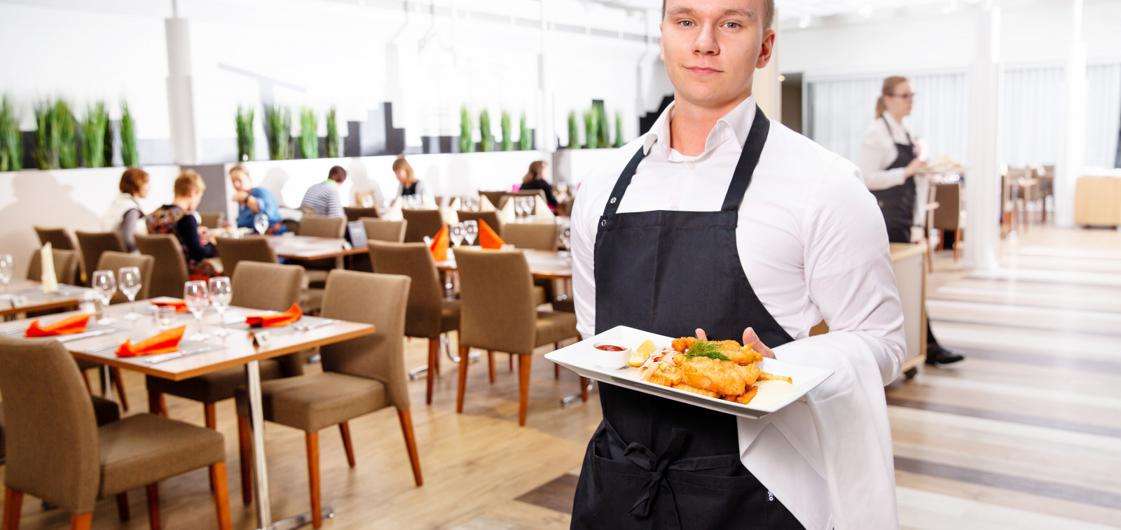 Ravintola- ja cateringalan opiskelija
